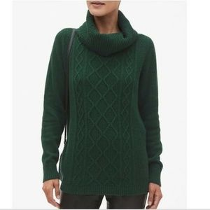 Banana Republic Factory Chunky Knit Cowl Sweater